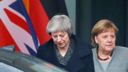 """Merkel is hoopvol over brexit met akkoord: """"Er is nog tijd"""", May donderdag naar Brussel"""