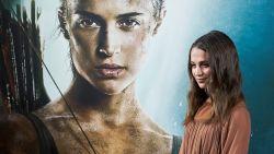 """Alicia Vikander weet van wanten in 'Tomb Raider': """"Maar wel keihard afgezien tijdens opnames"""""""