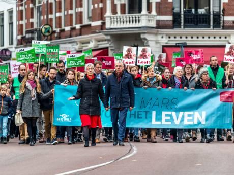 Duizenden mensen bij Mars voor het Leven in Utrecht: 'Deze mars manipuleert jonge vrouwen'