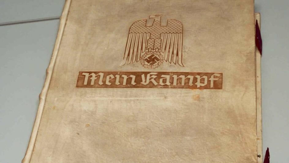 Citaten Uit Mein Kampf : Nu ook in albanië mein kampf trouw