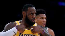 """LeBron James trekt z'n dreigement over coronavirus in: """"Luisteren naar mensen die het van dichtbij volgen"""""""
