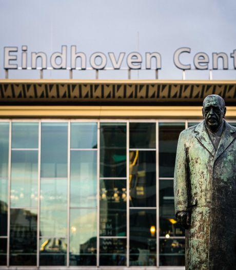 Station Eindhoven afgesloten, busverkeer stilgelegd vanwege rellen bij demonstratie
