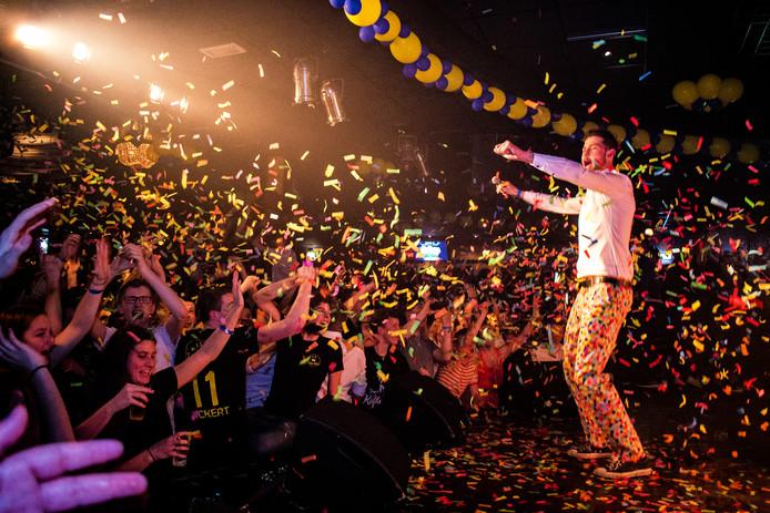 Kafke tijdens een optreden in De Ster in Nieuwkuijk Foto Sluipschuttermedia