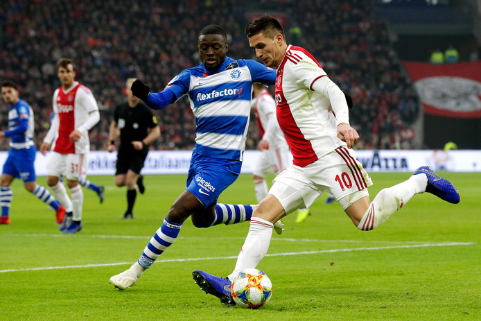 Het duel tussen De Graafschap en Ajax wordt naar alle waarschijnlijkheid verplaatst naar vrijdag 26 april.