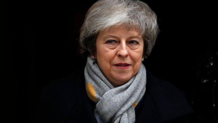 Theresa May voor de stemming van dinsdagavond... Beeld afp