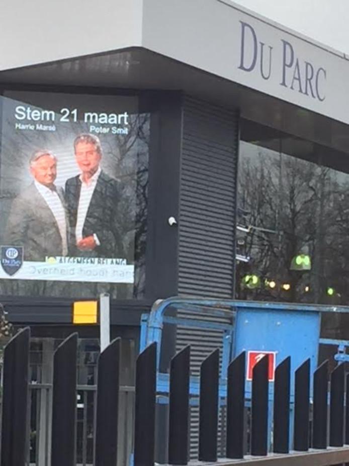 Raadslid Harrie Marsé en wethouder Peter Smit trokken tijdens de verkiezingscampagne van Algemeen Belang samen op.
