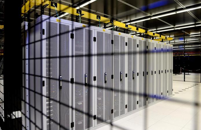 Servers bij Equinix op Science Park