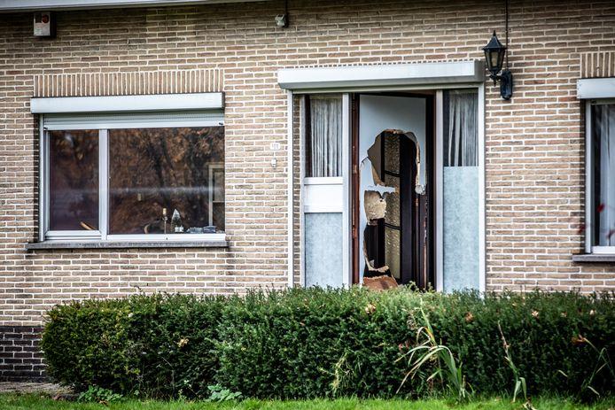 De woning aan de Kempenseweg in Zutendaal, waar de politie-inval plaatsvond.