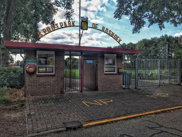 De entree van sportpark De Boshoek in 's-Heerenberg.