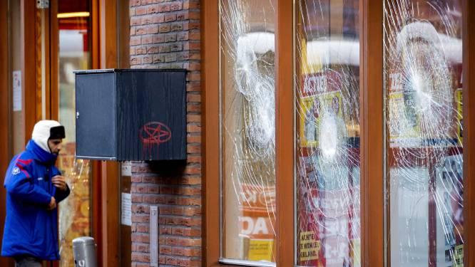"""Nultolerantie voor relschoppers in Kortrijk: """"Wie een winkelruit ingooit, riskeert al enkele jaren celstraf"""""""