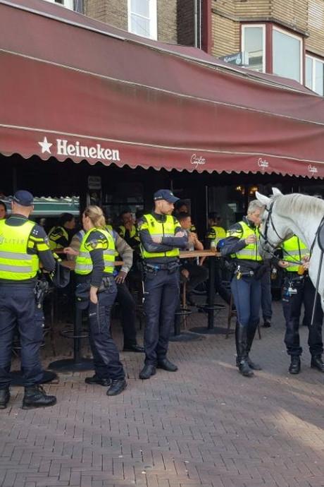 Horecateams politie Apeldoorn en Zwolle oefenen opstootjes