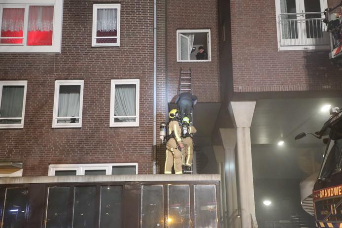 Gebouwbrand aan de Laan van Wateringse Veld in Den Haag.