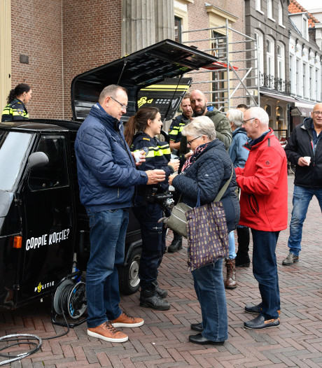 Politie Harderwijk heeft dan toch eindelijk z'n Coppie Koffie