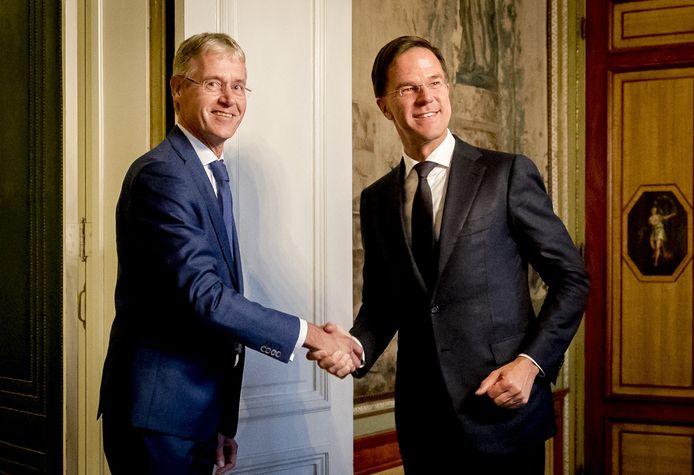 Premier Mark Rutte en minister Arie Slob (Basis- en Voortgezet Onderwijs) ontvangen vanmiddag de onderwijsbonden op het Torentje.