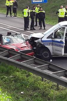 Beknelde automobilist in Veenendaal bevrijd uit auto