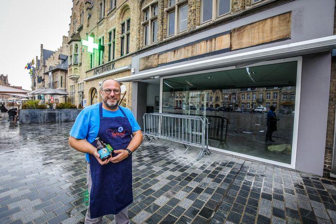 Lieven Onraedt eerder dit jaar bij zijn tijdelijke belevingswinkel die ondertussen gesloten is.