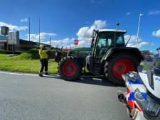 Gearresteerde boer overweegt aangifte tegen agent die hem onder schot hield