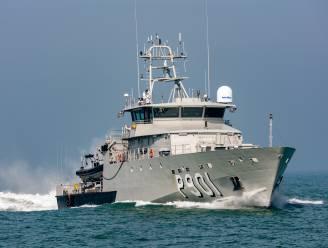 Drie transmigranten op rubberbootje uit zee geplukt, 25 mijl voor kust van Oostende: ze waren al dagen aan het ronddobberen