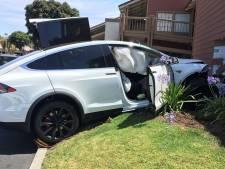 Verzekeraar: 'dikke' elektrische auto's crashen veertig procent vaker dan gemiddeld