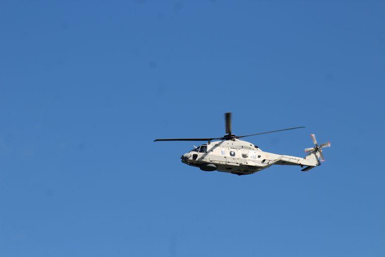 De reddingshelikopter NH90 hielp mee zoeken.