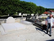 Man vernielt graf van oud-president De Gaulle