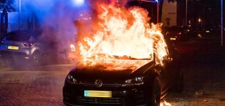 Auto in brand gestoken in Tilburg