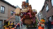 Jubileum vierende groepen Nie Geweun en Iejt & Geriejt winnaars van zestigste carnavalsstoet