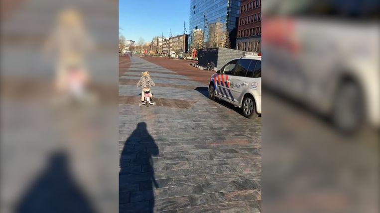 Pomme liet de politiewagen al snel achter zich.