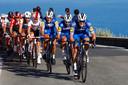 Zdenek Stybar en Philippe Gilbert effenen in Milaan-San Remo het pad voor de latere winnaar Julian Alaphilippe.