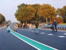Skeeleren, fietsen en lopen op autoloze N34 bijna voltooid verleden tijd