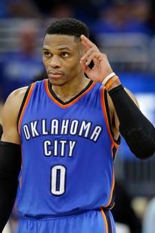 Westbrook nog maar drie 'triple-doubles' verwijderd van record