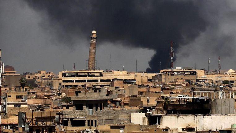 Mosul, met op de achtergrond de scheve al-Hadba minaret van de Al-nuri-moskee. Beeld anp