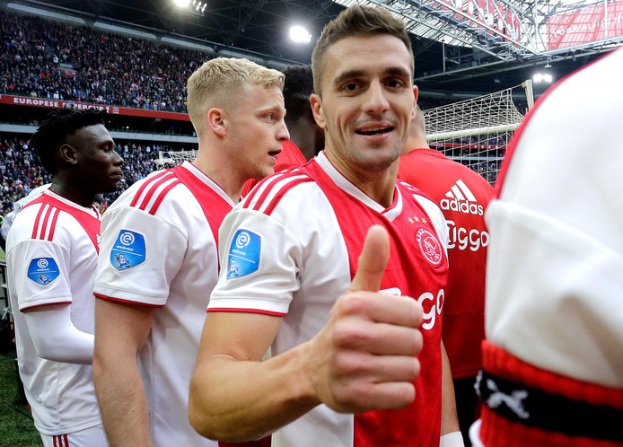 Dusan Tadic of Ajax celebrates the victory during Ajax - FC Utrecht NETHERLANDS, BELGIUM, LUXEMBURG ONLY COPYRIGHT BSR/SOCCRATES
