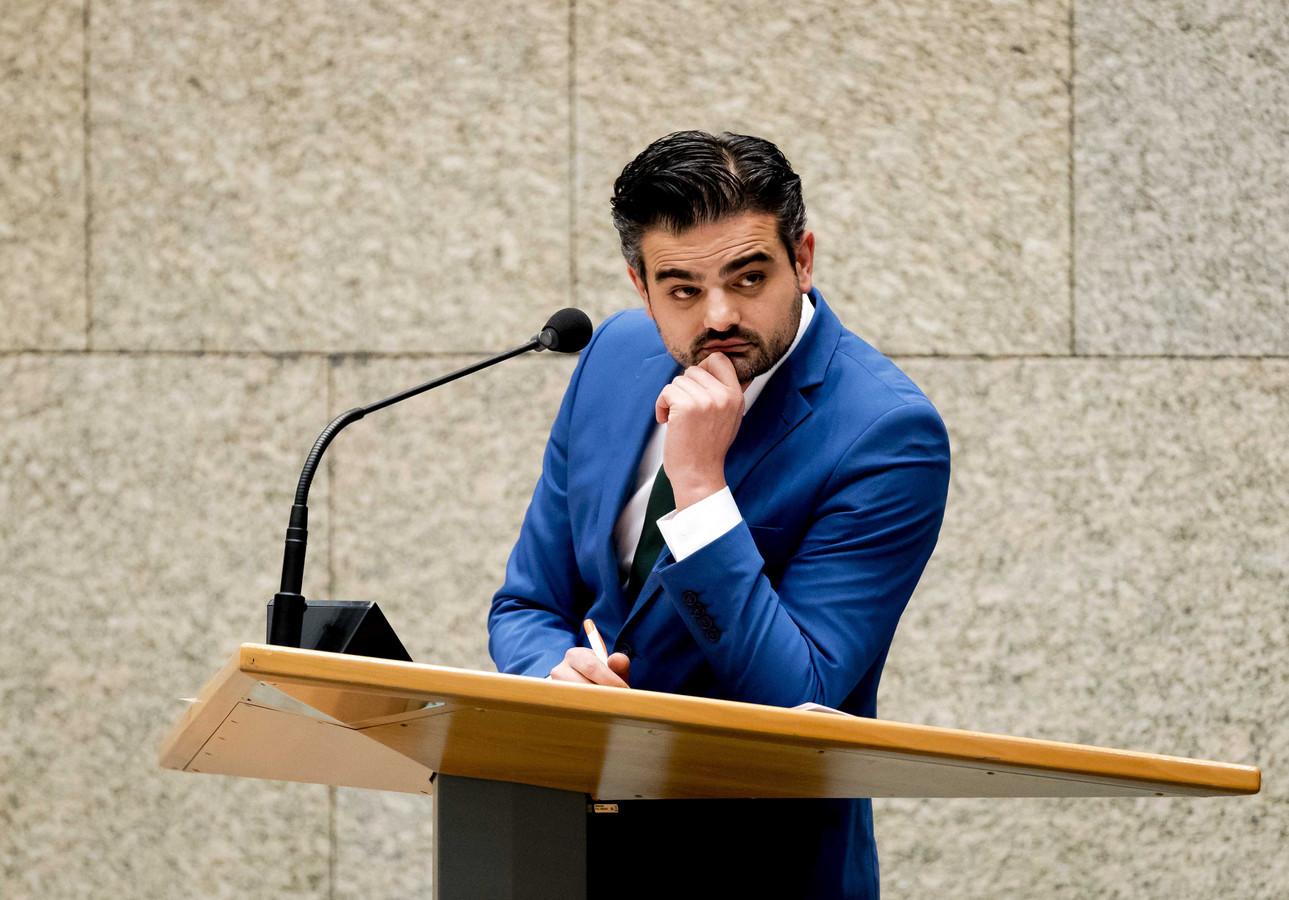 Tunahan Kuzu (Denk) tijdens het vragenuurtje in de Tweede Kamer.