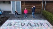 IN BEELD. Kinderen uit Brasschaat bedanken hulpdiensten met tekeningen en cake