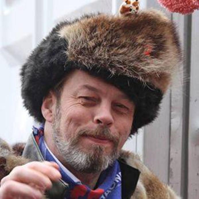 Oud-voorzitter Gijs de Goede van carnavalsvereniging D'Haone uit Eindhoven uit Eindhoven is overleden.