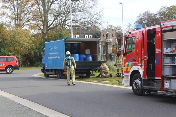 De bende dumpte onder meer deze truck vol drugsafval langs de Bruinstraat in Zonhoven