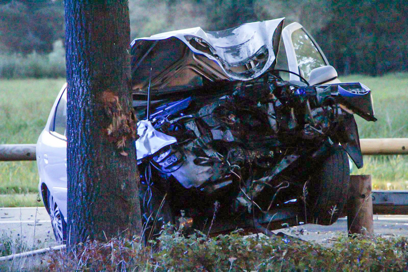 Bij een ernstig ongeluk in Sint-Oedenrode vielen zondagavond twee doden.