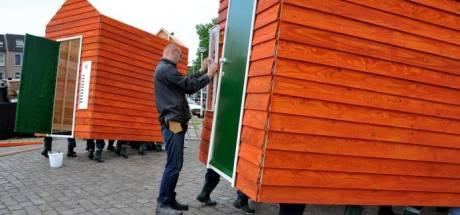 Wie wil zijn stem lenen aan de wandelende huisjes? Tilburg Cowboys op zoek naar twintig nieuwe 'bewoners'