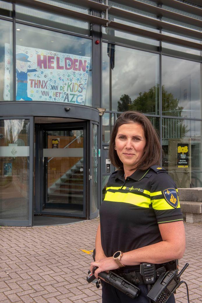 """Ferda Yondemli is de nieuwe chef van politieteam Veluwe West: ,,De politie moet niet de illusie hebben dat zij alles alleen kan oplossen. Ik ga op zoek naar creatieve manieren om ons werk beter te maken."""""""