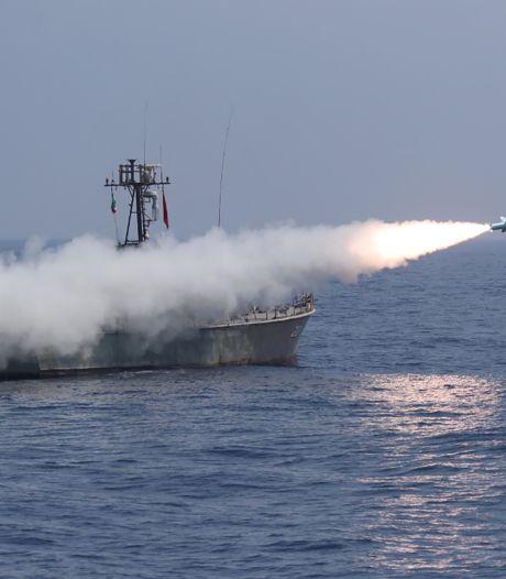L'Iran tire des missiles de croisière