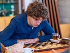 Lentse dammers behouden koppositie, DC Nijmegen volstrekt kansloos