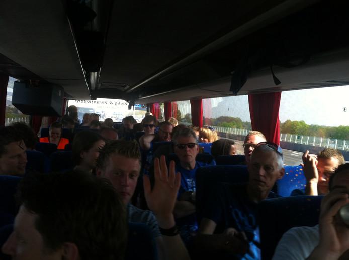 Bus 314 is onderweg naar de KNVB bekerfinale in de Kuip.