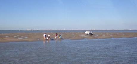 6 mensen geëvacueerd van bootje bij Breskens