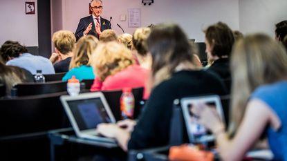 Studenten krijgen gastcollege van minister-president