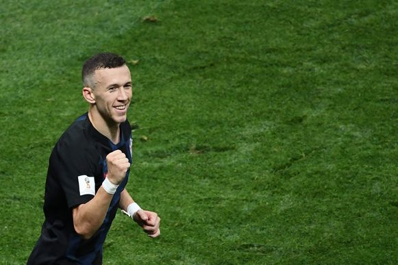 Croatia's forward Ivan Perisic celebrates with team's second goal during the Russia 2018 World Cup semi-final football match between Croatia and England at the Luzhniki Stadium in Moscow on July 11, 2018. / AFP PHOTO / Jewel SAMAD / RESTRICTED TO EDITORIAL USE - NO MOBILE PUSH ALERTS/DOWNLOADS