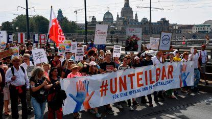Tienduizenden betogers in Dresden tegen extreemrechts