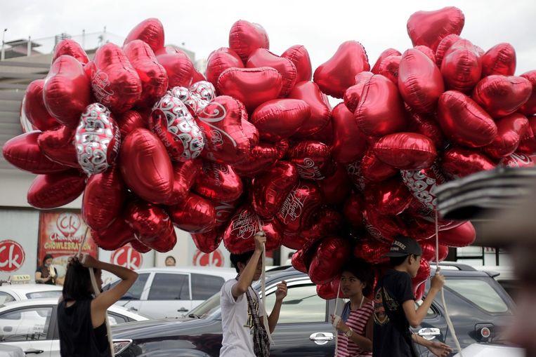 Ook de Filippijnen maken zich op voor Valentijnsdag. Beeld epa