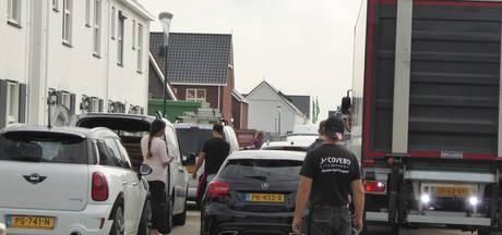 Parkeerchaos in Benschop: 'Nog even volhouden tot de kerst'