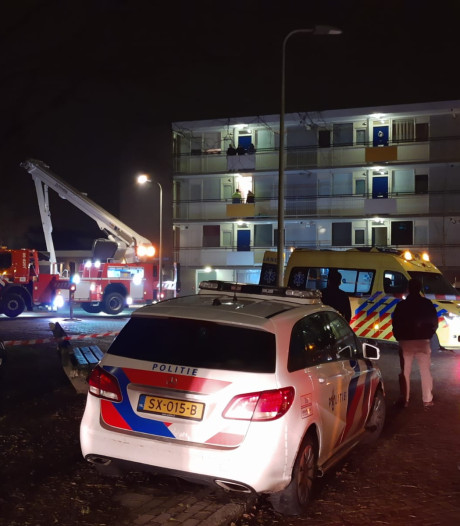 Man zwaargewond na 'steekpartij' bij appartement in Zutphen: 'Overal lag bloed'